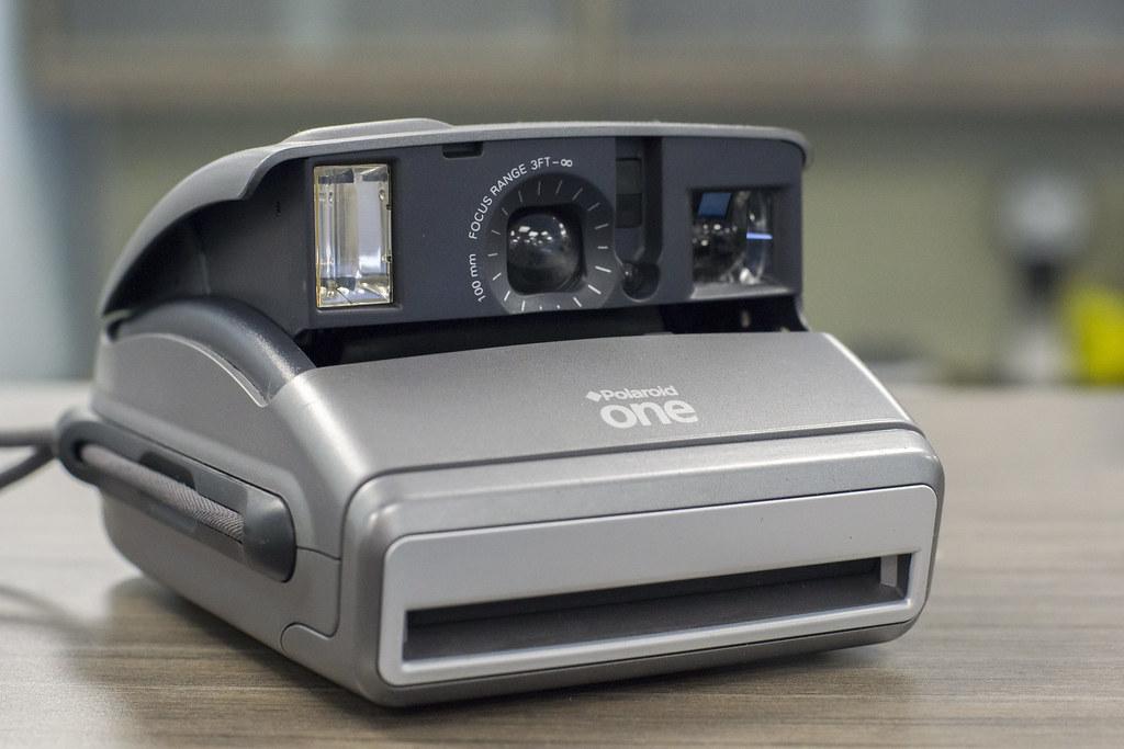 CCR Review 84 - Polaroid One600