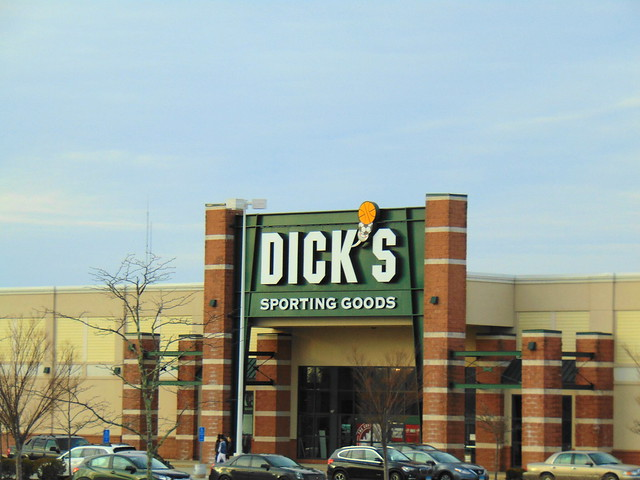 Dick's Sporting Goods (Waterford, Connecticut)