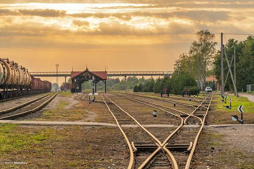 railway railwaystation station sunset narrowgauge lithuania panevėžys lietuva