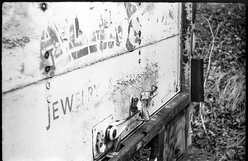 detail, abandoned commercial truck, Alan's Pawn & Jewelry, Asheville, NC, FED 4, Arista.Edu 200, Ilford Ilfosol 3, 3.3.18