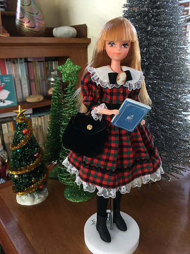 Francine dressed for winter season, wearing a Takara Licca outfit.