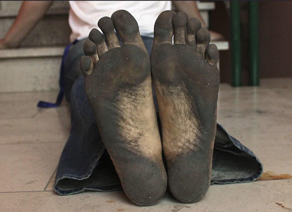 indoor 037 _ black soles after garden