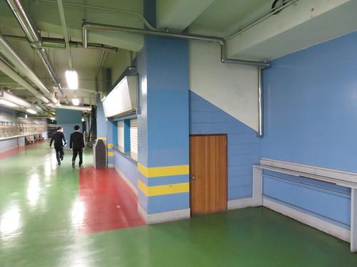船橋競馬場の4階の売店跡地