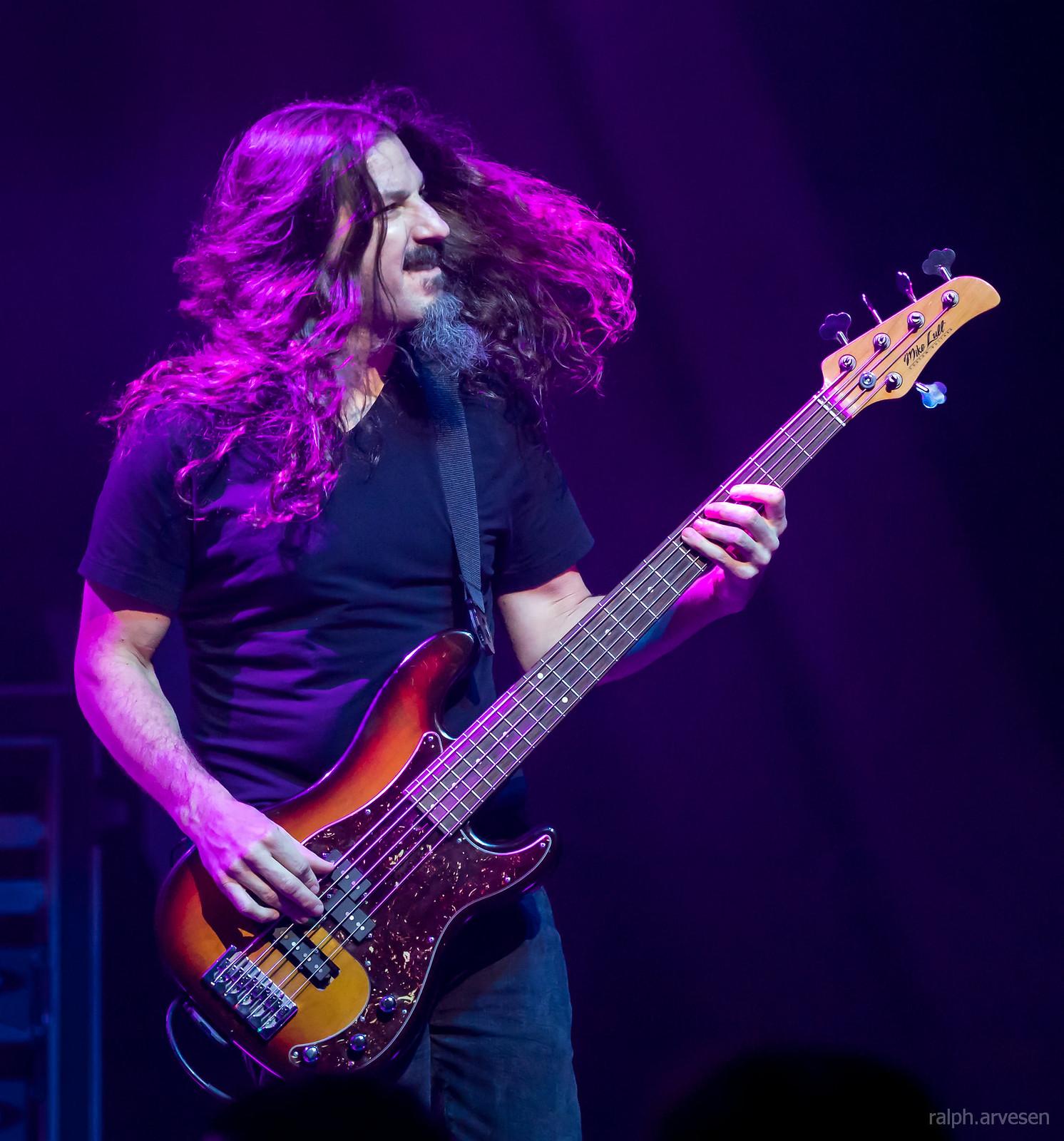 Joe Satriani | Texas Review | Ralph Arvesen