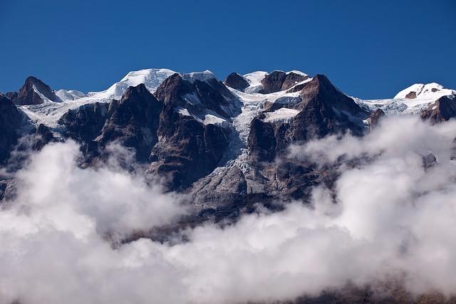 Trekking above Clouds in Cordillera Real