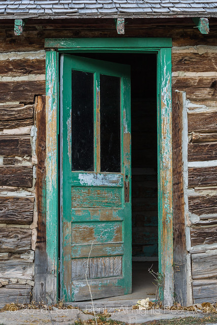 Building from Harper Ghost Town in Nine Mile Canyon