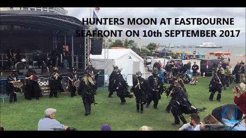 Hunters Moon at Wish Tower Slopes, Eastbourne on 10th July 2017 (my combined photos and videos)