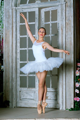 "<button class=""btn btn-primary btn-sm py-0 my-0 material-icons"" onclick=""ImageToolBar('39196546765', '', 'irina_p_studio');"">share</button> Ballerina - storm of femininity and sexuality"