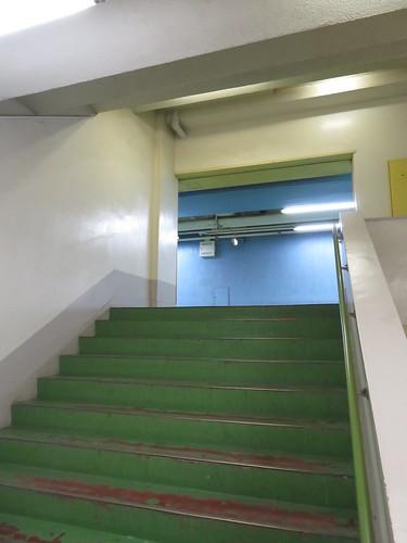 船橋競馬場の4階へ上がる