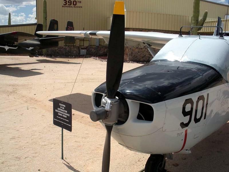 Cessna O-2A Skymaster 3