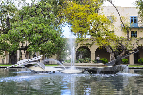 Millikan-Fountain_8918.jpg