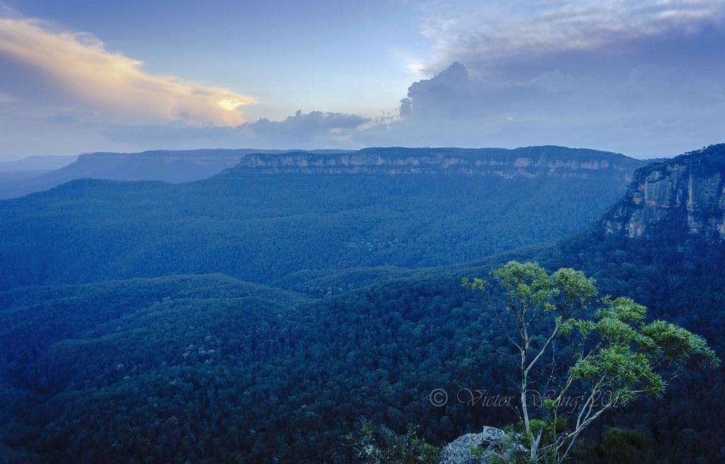 Blue And Orange Sunset Over The Jamison Valley Katoomba