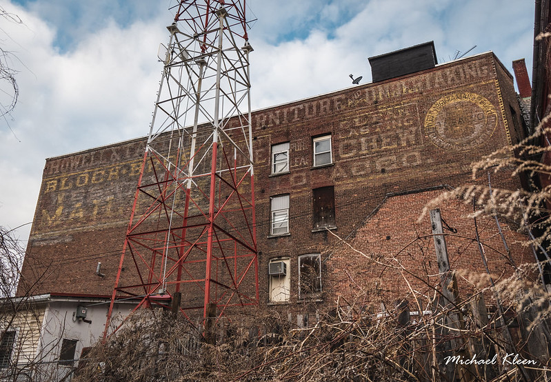 Bloch Bros Tobacco Ghost Sign