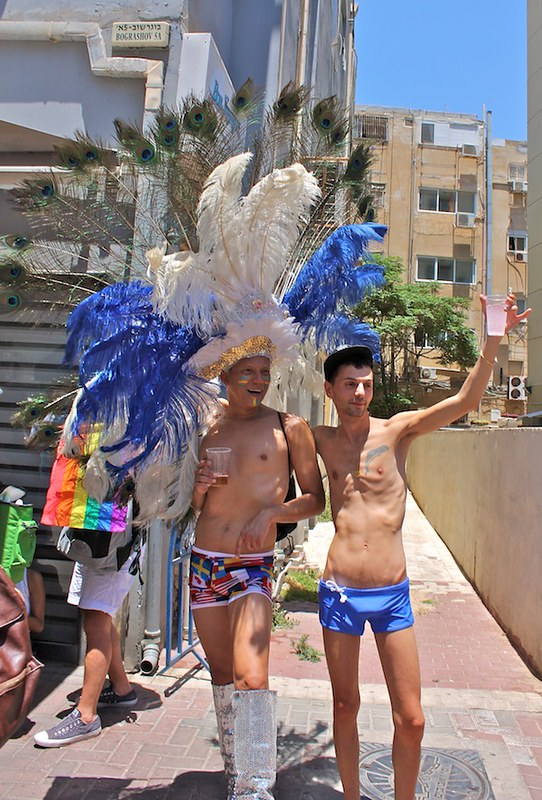 tel-aviv-gay-lgbt-pride-2015-9-marchers