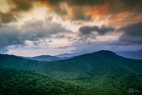 sunrise nikon asheville 28mm ngc nd blueridgemountains nikor lanepinnacleoverlook