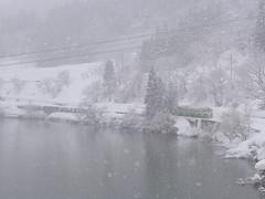 冬は除雪されないどころか道路の雪捨て場にされてしまうので、せっかくの景色も拝める場所が限られてしまう
