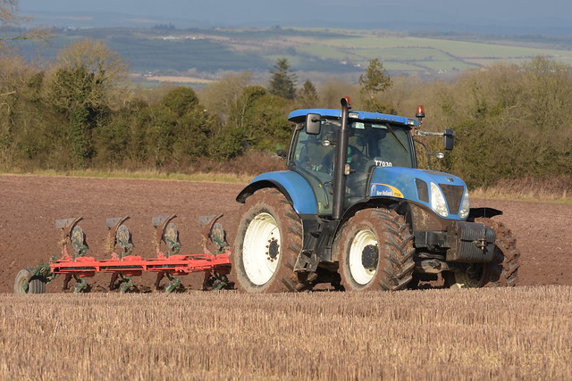 New Holland T7030 Tractor with a Vogel & Noot 5 Furrow Plough