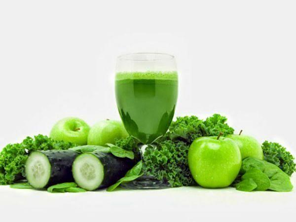 Green leafy vegetable juice  #vitamins #minerals #kidneystrengthner #toxinseliminator #skinfriendly #weightlooser   #foodart #foodadvocacy #tvcontentcreator  #rw1000hillstvseries   @the_youthworthy_ltd