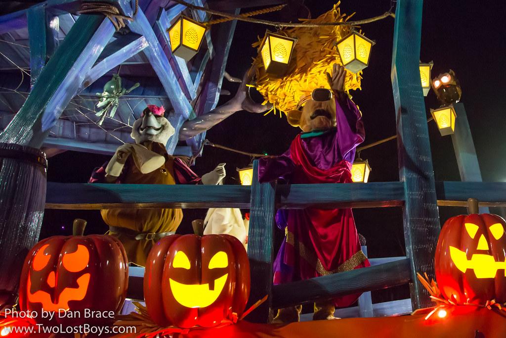 Halloween Disney Villains.The Disney Villains Halloween Celebration Disneyland Pari Flickr
