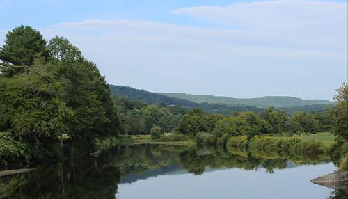 reflection vermont vt us usa quechee unitedstates nature river rivière water summer été