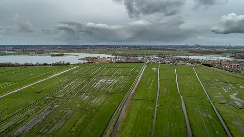 spaarndam noordholland nederland nl spaarnwoude hetij demooienel cffaa zijkanaalc clouds