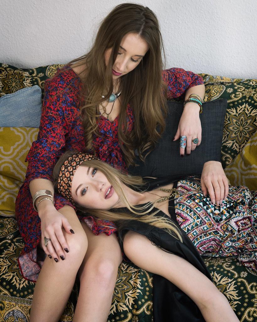 Paula & Elisa
