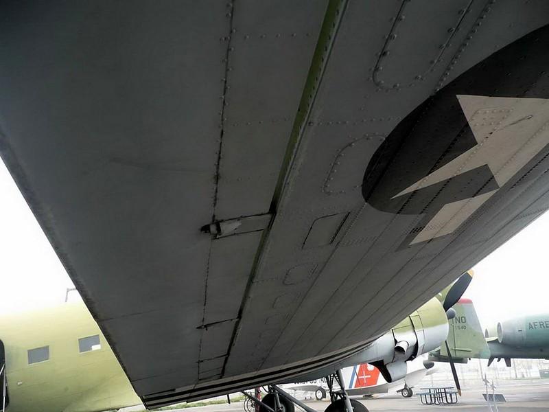 Douglas C-53D Skytrooper 2