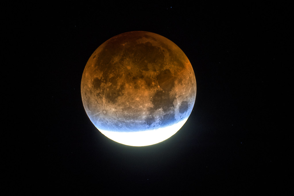 partial lunar eclipse at 5 41 am in tucson az showing the flickr flickr