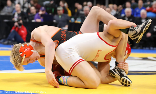 3rd Place Match - Fabyon Greer (Detroit Lakes) 33-9 won by decision over Tanner Kroells (Delano) 40-5 (Dec 8-3). 180303BMC5835