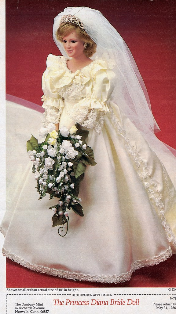 Princess Diana Doll In Wedding Dress F38302