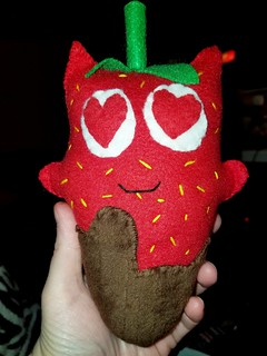 Chocolate covered strawberry ninni