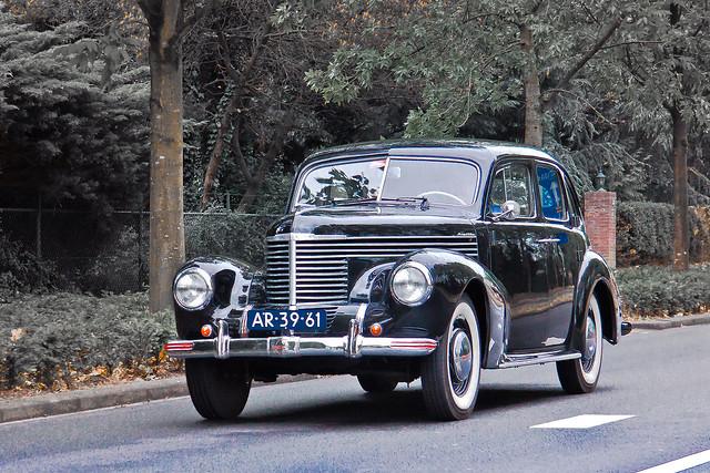 Opel Kapitän 1951 (5330)