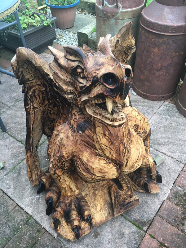 Gallery – Ian Williams Chainsaw Carving