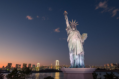 The Statue of Liberty - Tokyo, Japan - Travel photography | by Giuseppe Milo (www.pixael.com)