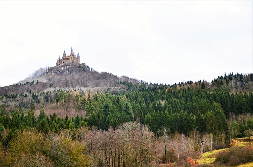 lanscape view hills castle building old architecture history woods trees light colors details outdoors explore travel hohenzollern tübingen badenwürttemberg germany europe contrast photography hobby