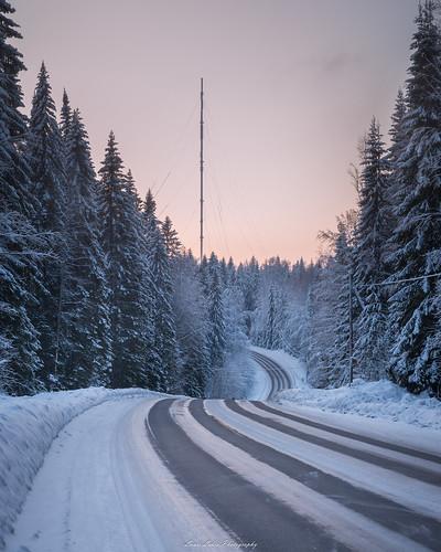 2018 ladunmaja talvi suomi finland jyväskylä nature landscape road winter trees forest sunset sky evening nikon d610 tamron 2470mm ice snow amazing europe earth outdoor