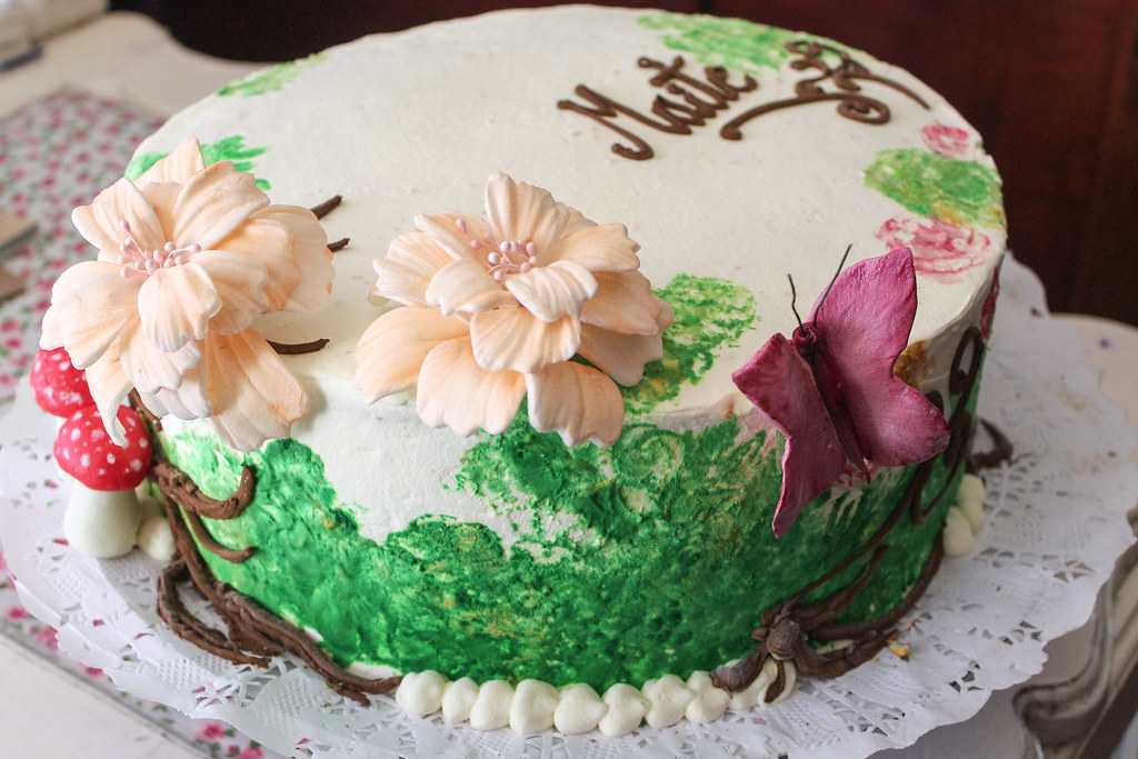 Torta tradicional con Fondant - Schmetterling