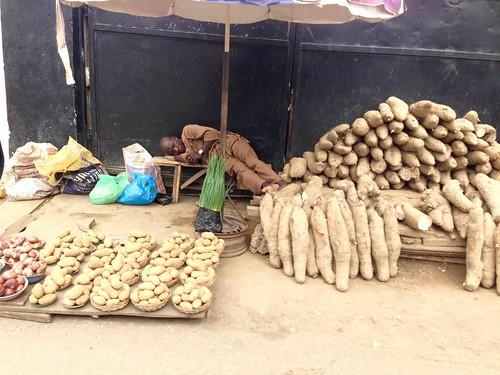 potatoes streetmarket sunmolastreet maryland lagosstate nigeria jujufilms