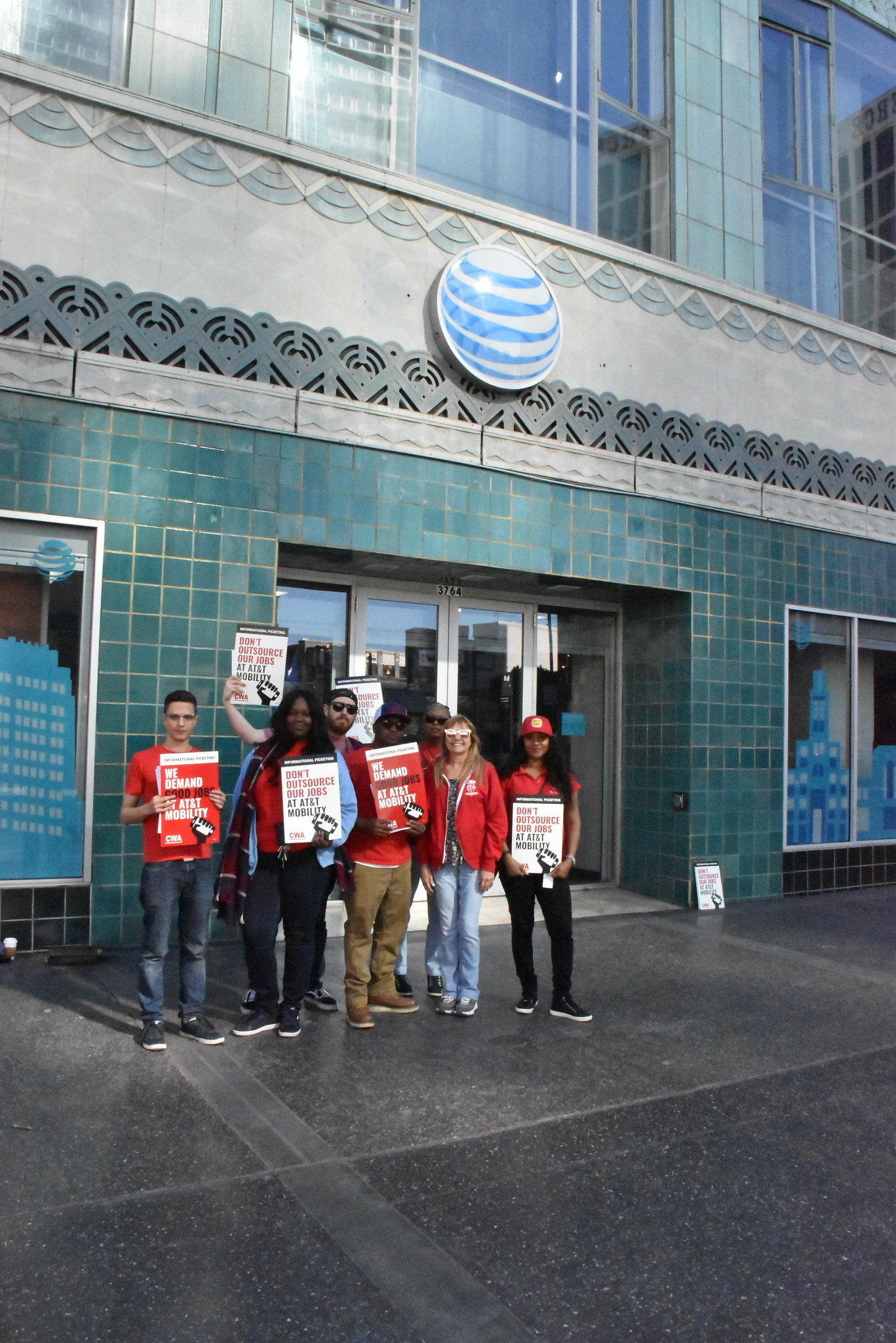 CWA Local 9003 supports Los Angeles AT&T workers!