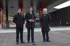 Imanol Pradales, Unai Rementeria y Carlos Totorika comparecen ante los medios para anunciar la apertura de la variante.
