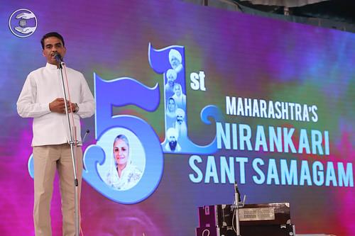 Omprakash Vishwakarama from Malad, expresses his views