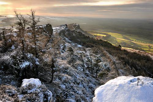 theroaches staffordshire peakdistrict dawn sunlight snow