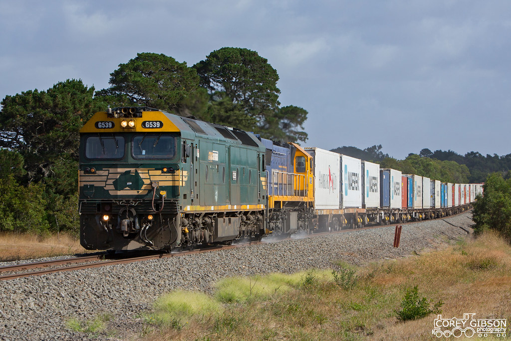 G539 & XR552 with the up #9102 Mildura Fruity by Corey Gibson