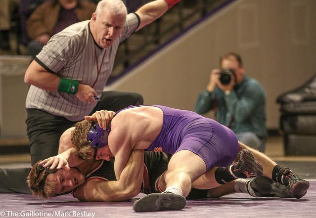 149: #1 James Pleski (SCS) Dec. over #11 Kyle Rathman (MSU) 3-1 | SCS 6-0 MSU - 180203amk0018