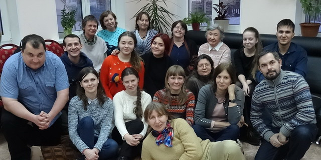 A final group photograph of the participants of the Mycological Club of Yugra first meeting
