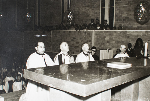 25 de marzo de 1965 - Día de la inauguración [15] - Todos los Santos hacen acto de presencia en el canto de las letanías.