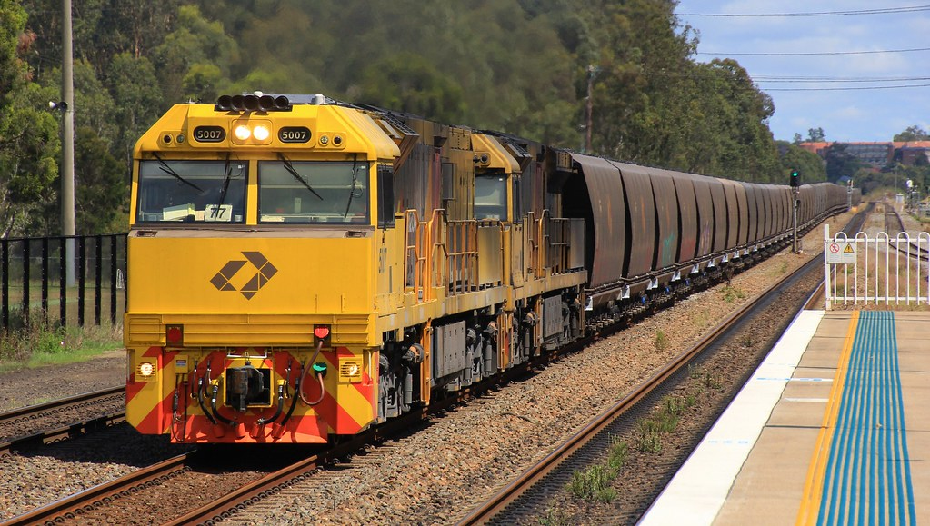 5007 and 5037 heads WH518 loaded Aurizon coal through Metford by bukk05