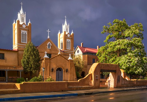 travel sunset wallpaper orange usa newmexico southwest history church weather architecture evening day unitedstates albuquerque overcast architectural historical lightanddark 2015 nicelight canonef24105mmf4lisusm 3exp canon6d churcharchitectural