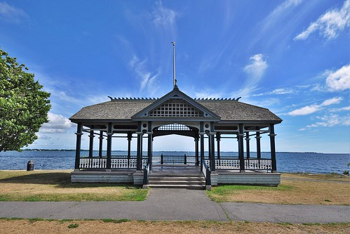 kingston ontario canada park lake gazebo sky trees grass sizewalk landscape nikon nikond5000