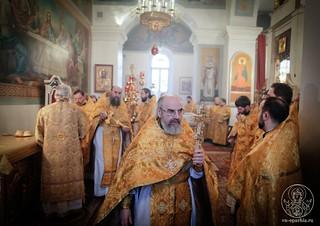 Литургия в Покровском соборе 166